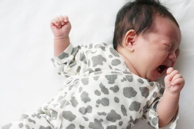 赤ちゃんの泣き声に対する感じ方の男女差はあるのか。